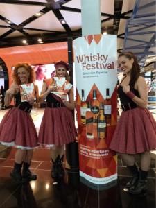 Promoción Whisky Festival con Mat-Woman 1